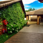 Vertical_garden_at_African_Pride_Irene_Country_Lodge_done_by_the_garden_group